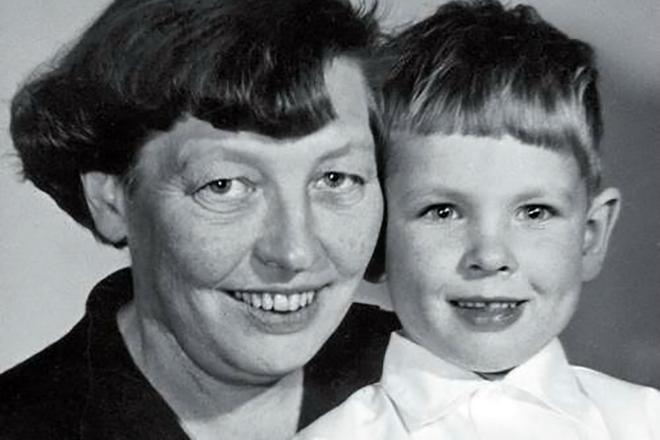 Маленький Ларс фон Триер и его мама Ингер Триер