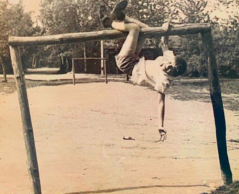 Виктор Бабарико в детстве. Фото из личного архива