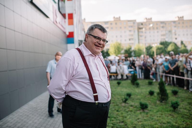 Виктор Бабарико на одном из пикетов, июнь, 2020