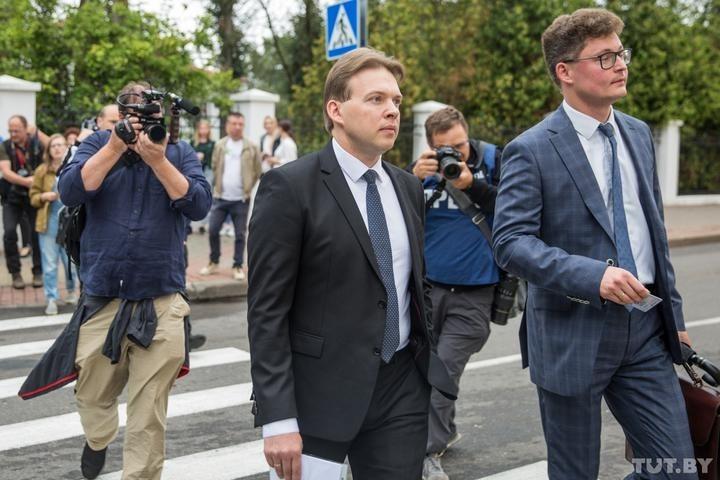Адвокат Максим Знак и адвокат адвоката Дмитрий Лаевский, фото: TUT.by