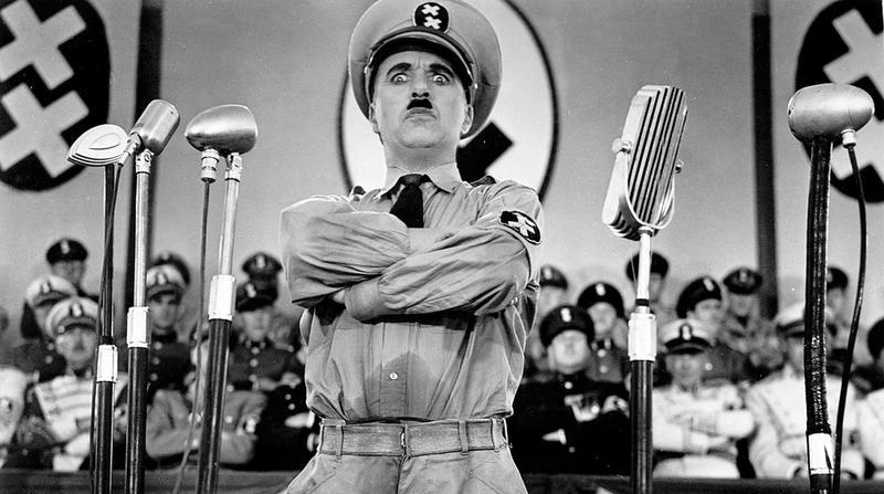 Кадр из фильма «Великий диктатор»