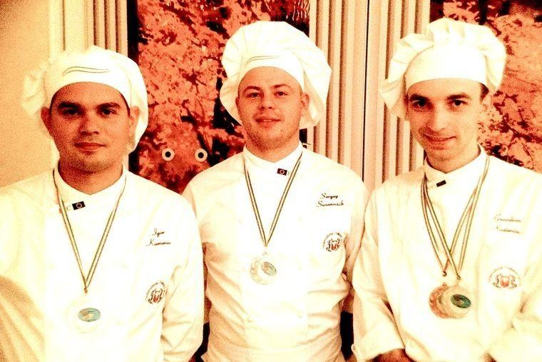 Команда поваров-победителей: Игорь Каменев, Константин Гвардиян, Сергей Сузанович