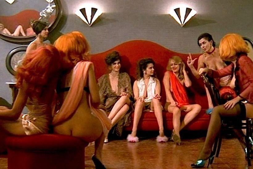 Кадр из фильма Тинто Брасса