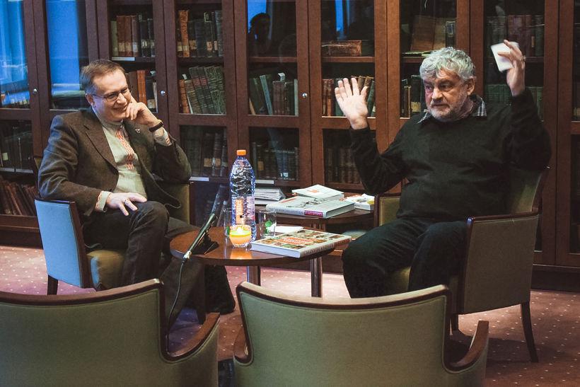 Павел Подкорытов с Владимиром Орловым на вечере памяти Рыгора Бородулина