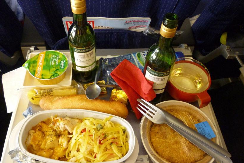 еда на борту самолета (не