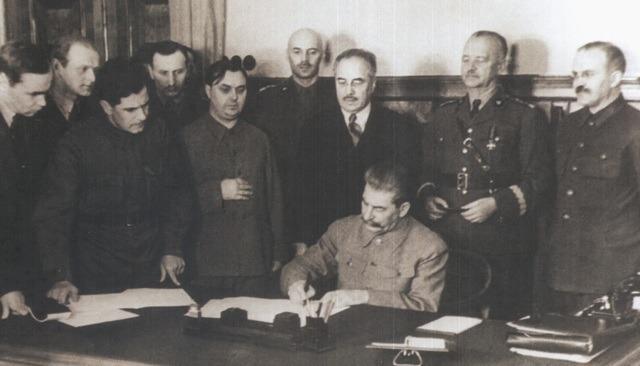 Падпісанне дамовы аб супрацы паміж СССР і польскім эмігранцкім урадам, снежань 1941 г.