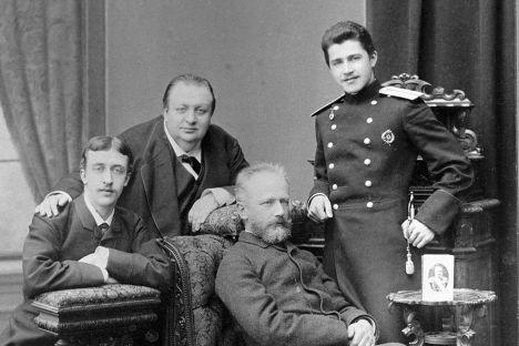 Чайковский, Апухтин, Карцев и Жедринский