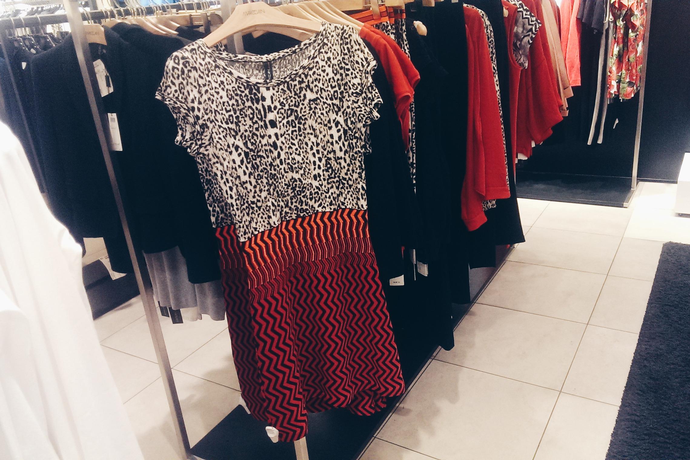 Платье – 429€
