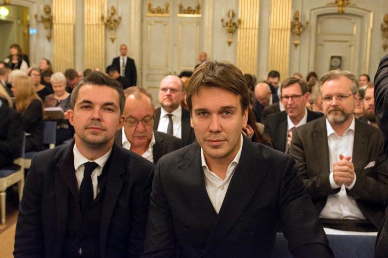 Саша Филипенко и Михаил Зыгарь на Нобелевском банкете, где Светлана Алексиевич произнесла речь. Фото: Rita Kabakova