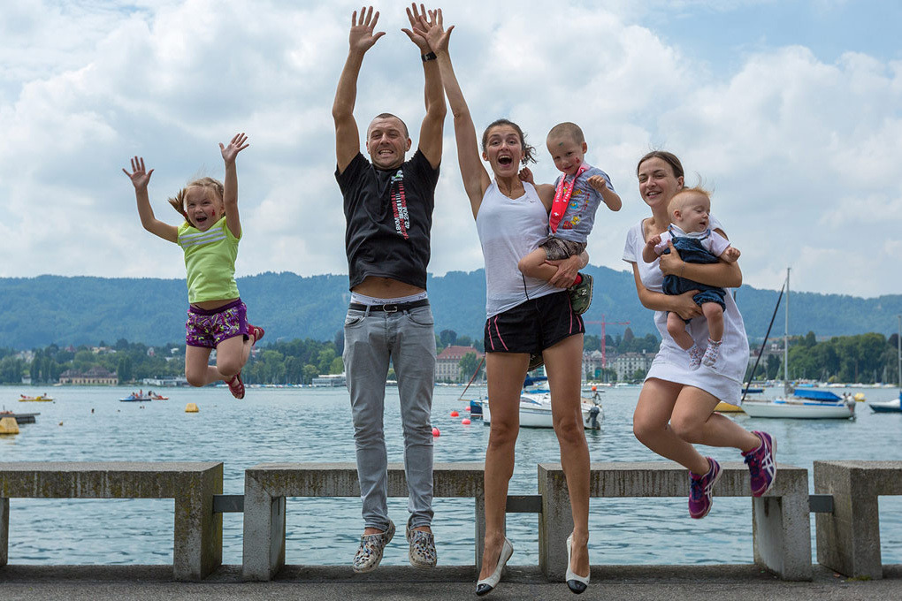 Андрей с семьёй