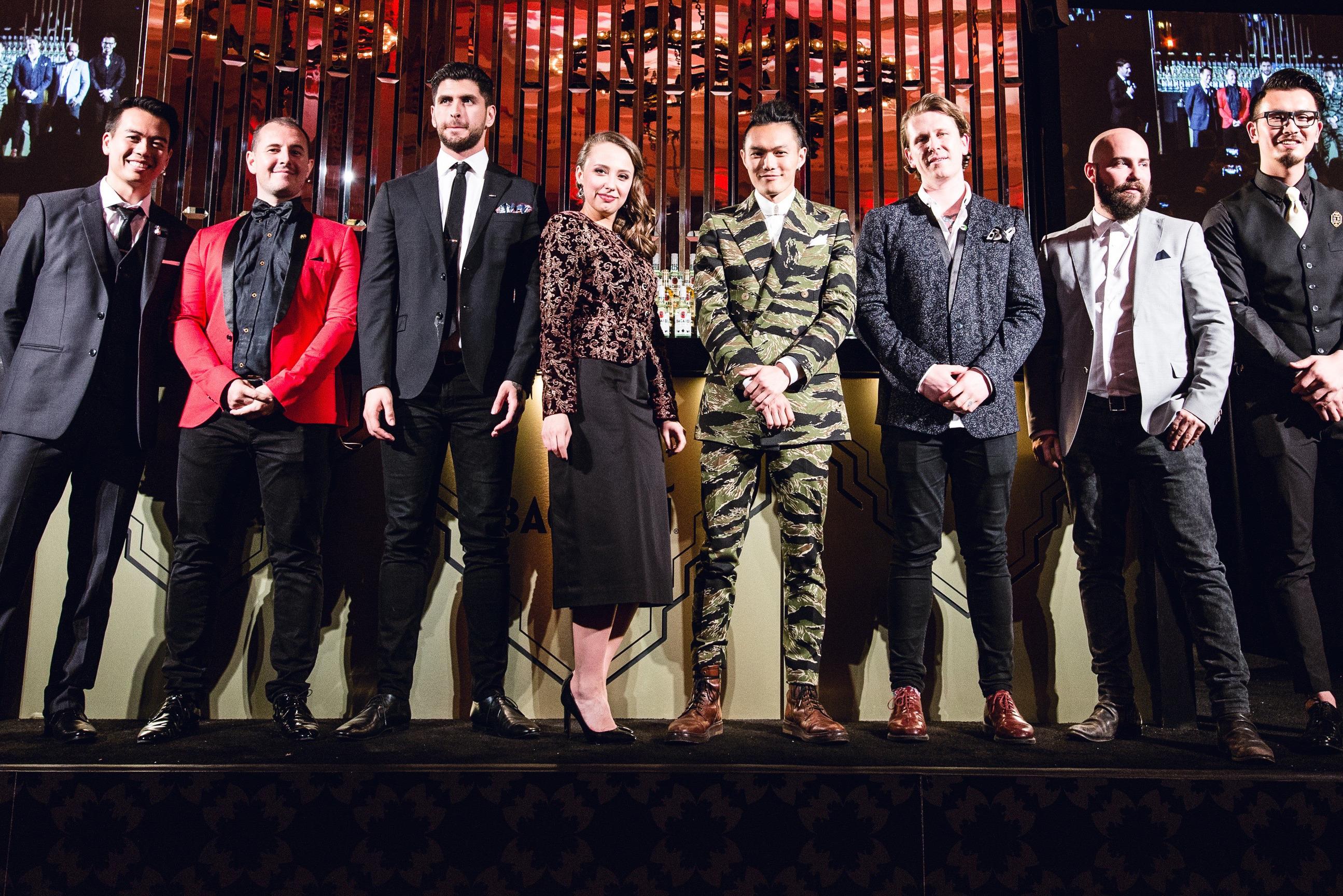Елизавета Молявка с остальными финалистами конкурса