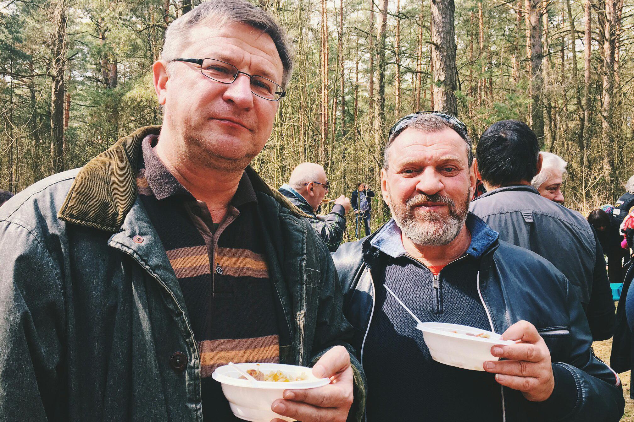 Павел Данейко, генеральный директор бизнес-школы ИПМ (слева)