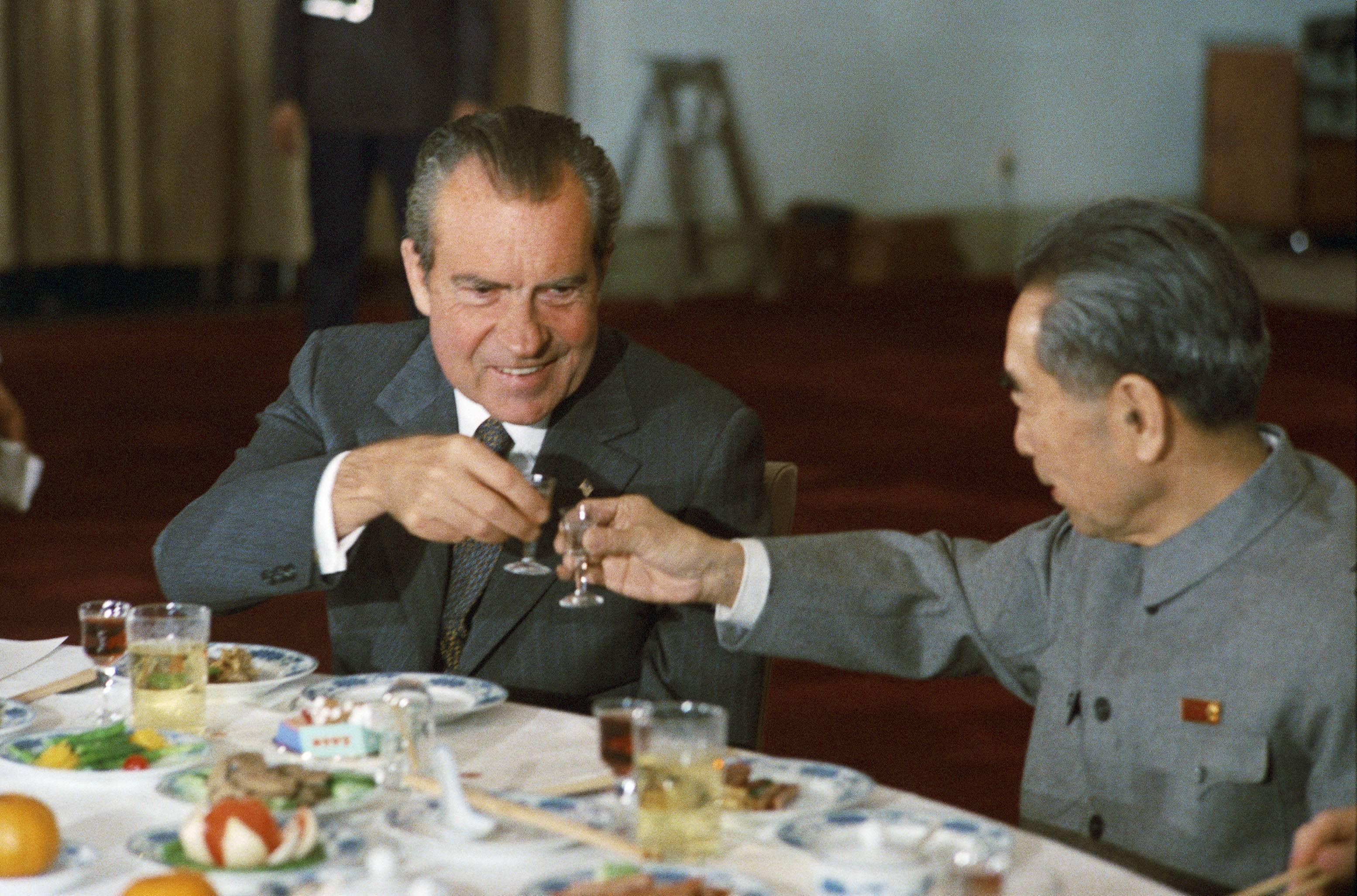 Президент США Ричард Никсон и китайский премьер Чжоу Эньлай, 1972 год