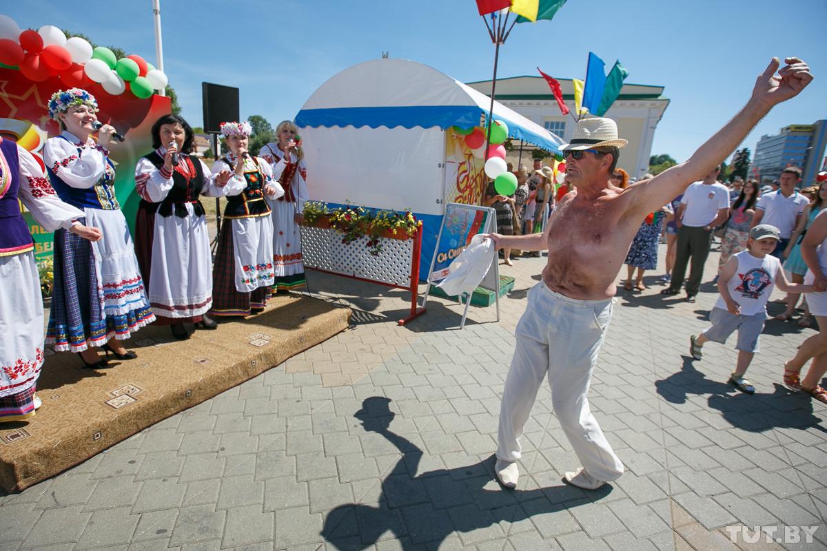 Фото с празднования Дня независимости Беларуси, 2015 год. Фото: Вадим Замировский, TUT.by