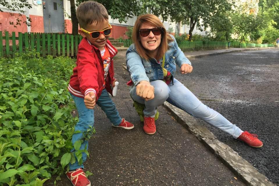 Анастасия с сыном, фото из FB
