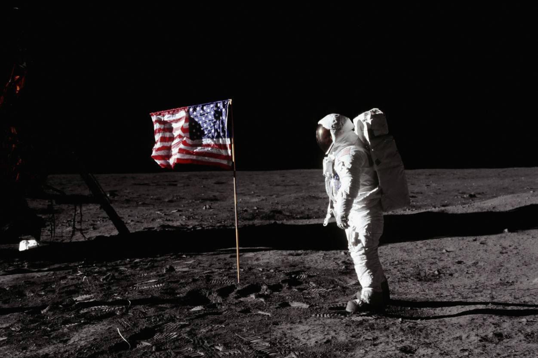 Беларусьфильм снимает фильм о высадке на Луну. Фото: журнал LIFE