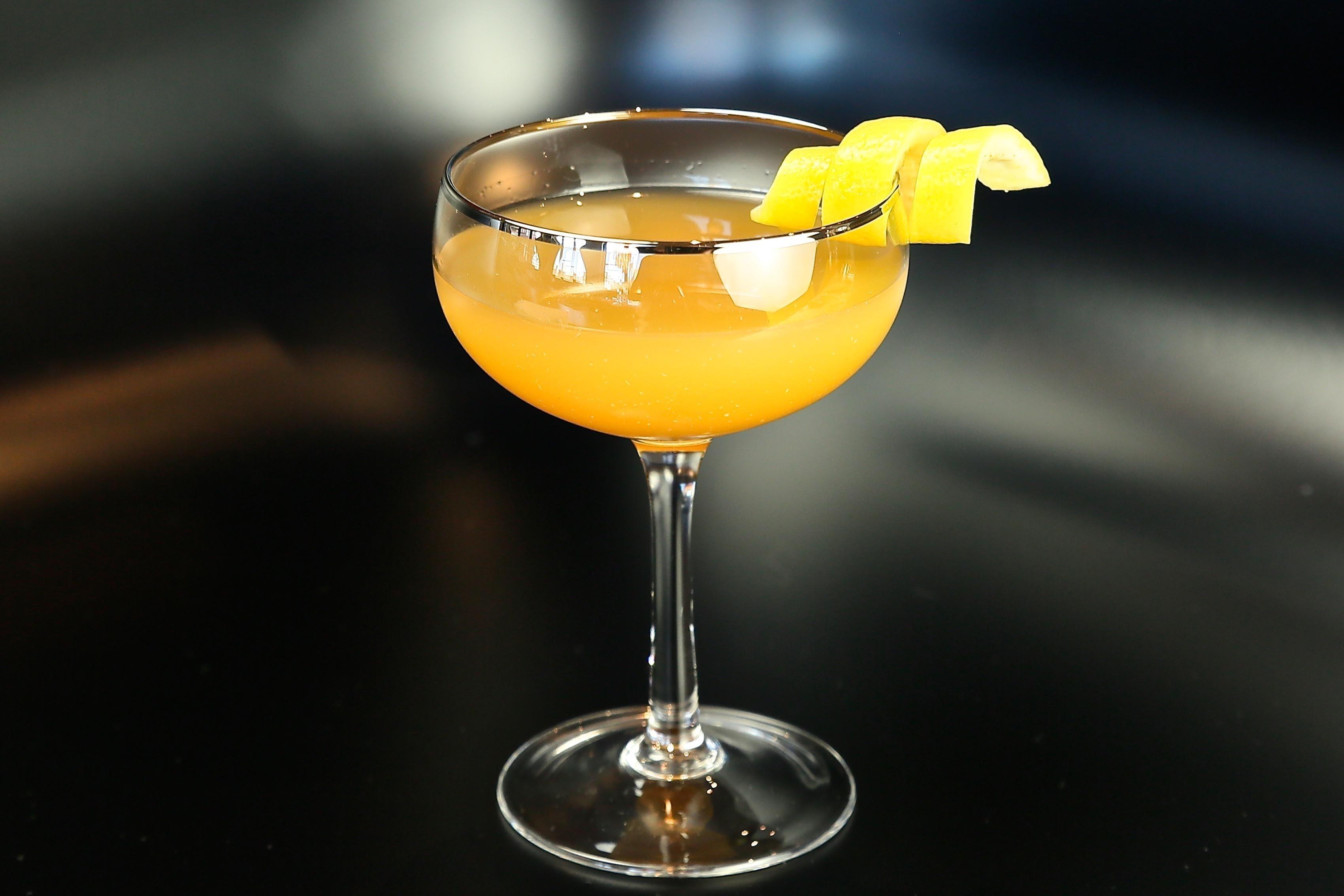 Japanese Cocktail, фото: cocktaildudes.com