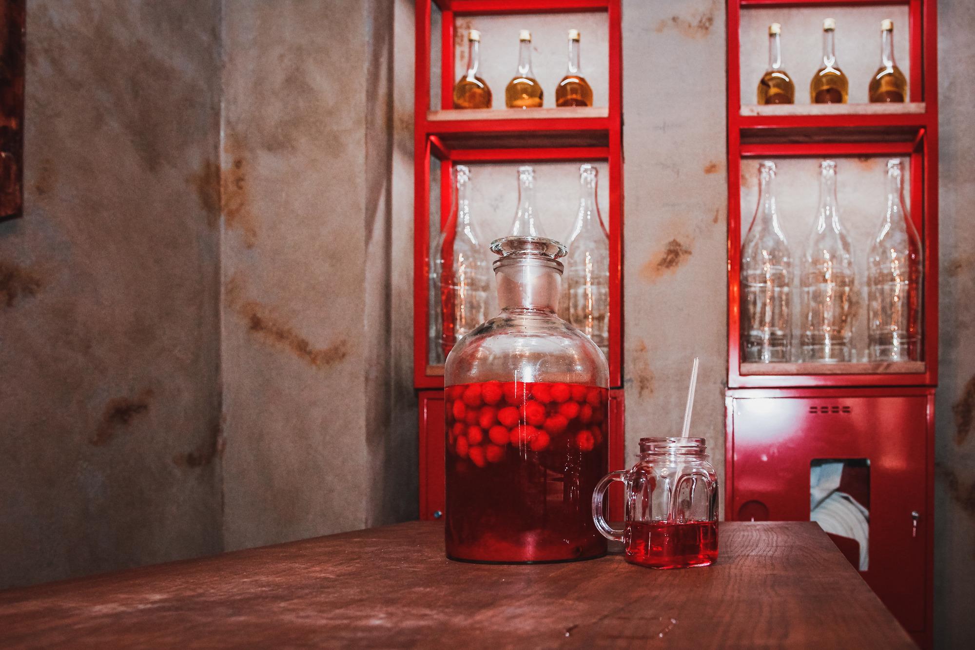 Бар «Банки Бутылки», фото: Анастасия Рогатко