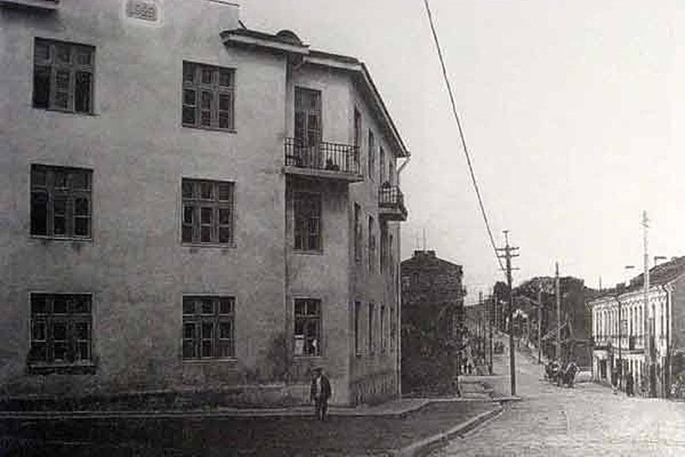 Жилой дом на углу улицы Революционной, 1934 год. Фото: spadchina.by