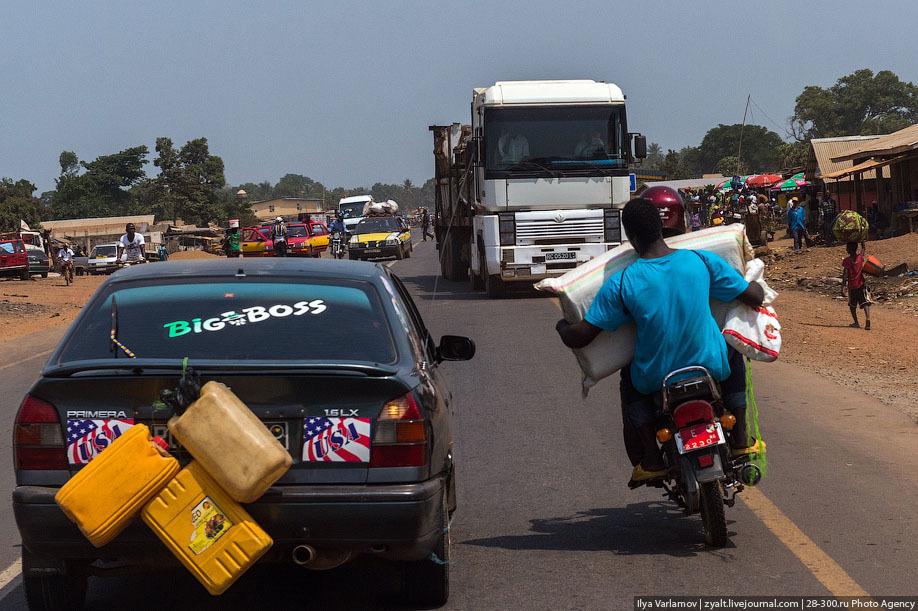 Дорога в Сьерра-Леоне, фото: varlamov.ru