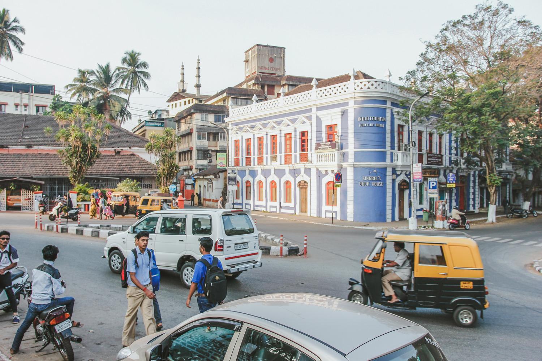 Столица Гоа Панаджи даже чем-то напоминает европейские города