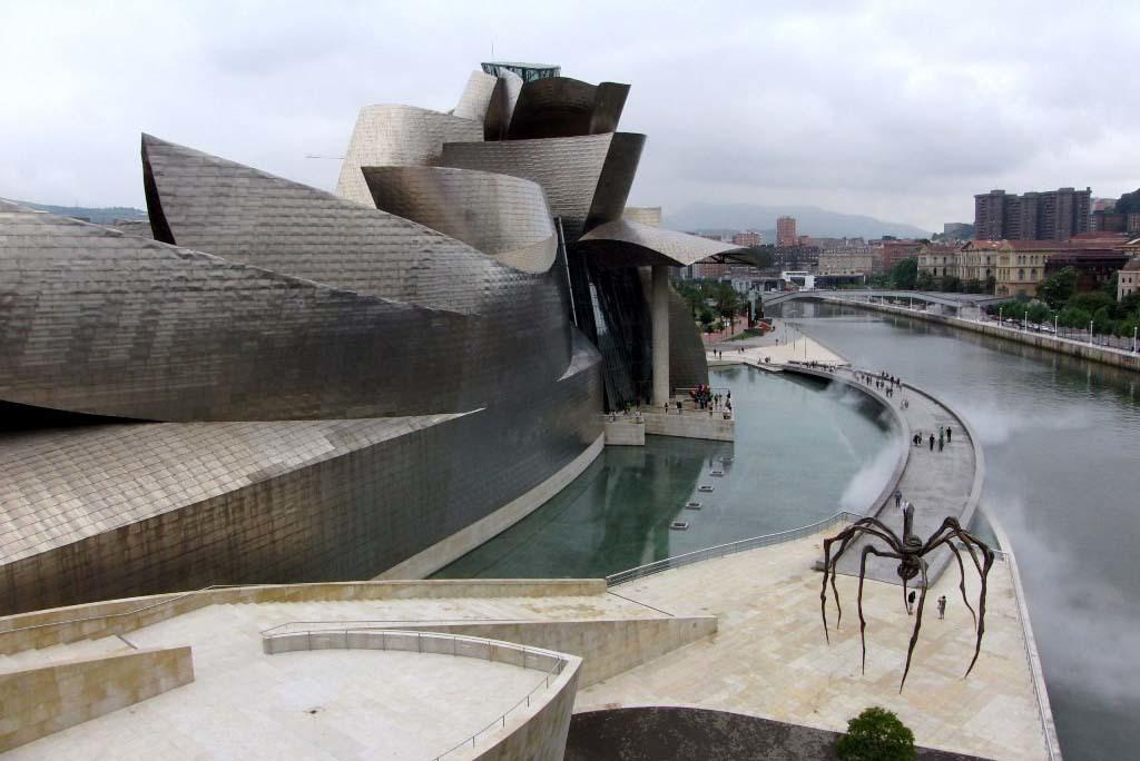 Музей Гуггенхайма в Бильбао, фото: motaen.com