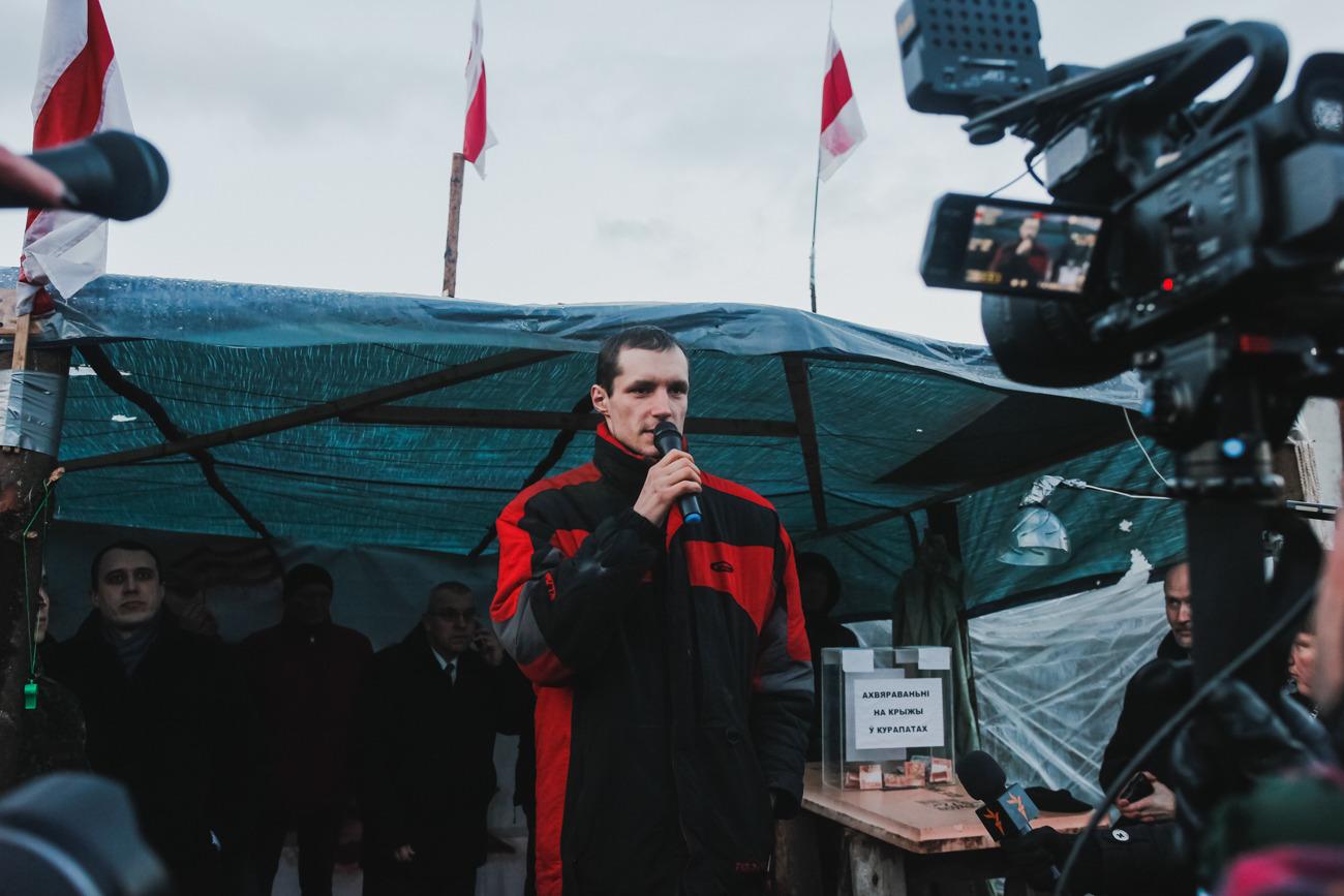 Сергей Пальчевский, который ради остановки стройки лёг под грузовик и сказал: «Буду лежать, пока не сдохну»