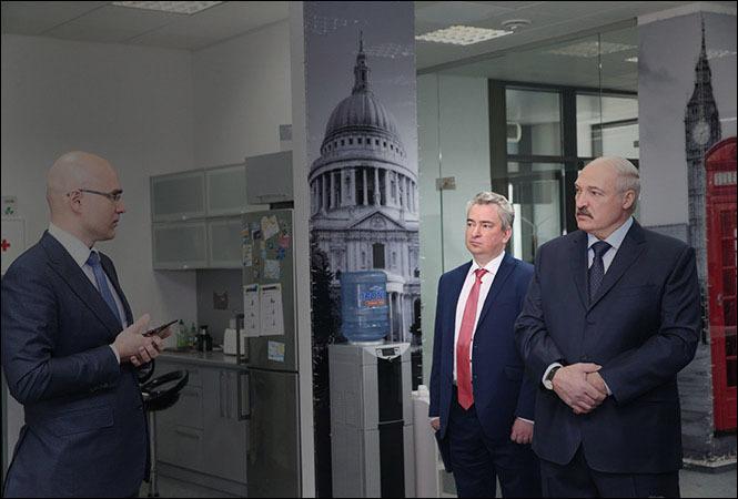 Всеволод Янчевский на встрече Александра Лукашенко и Виктора Прокопени. Фото: пресс-служба президента Беларуси