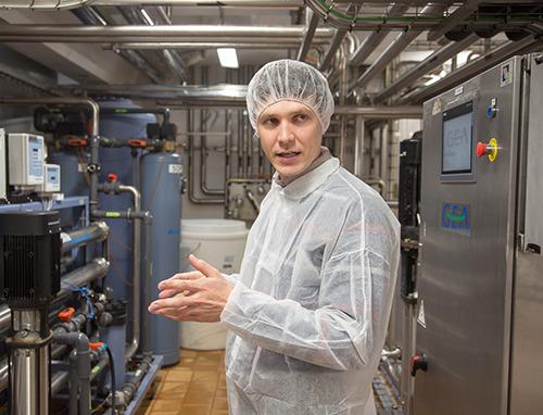 Михаил Глушаков, доцент кафедры технологии молока и молочных продуктов «Могилевского государственного университета продовольствия»