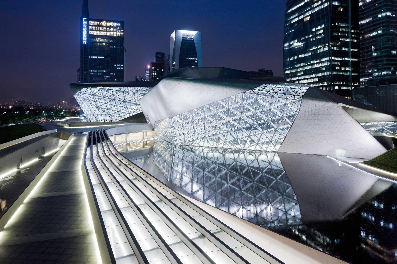 Оперный театр в Гуанчжоу, фото: 365mag.ru