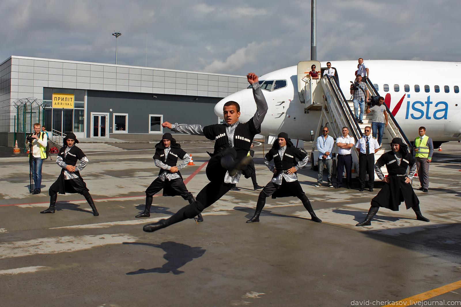 Первый рейс грузинской авиакомпании flyVista в аэропорт «Жуляны»