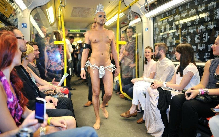Показ мод в берлинском метро. Фото: Germanist