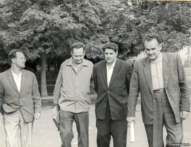 Алесь Адамовіч, Іван Мележ, Іван Навуменка і Янка Брыль. Канец 1960-х гг.