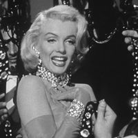 Thumb gentlemen prefer blondes 5