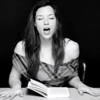 Thumb stoya reading